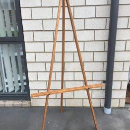 wooden easel hire nz