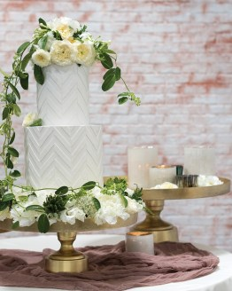 hire cake stands nz