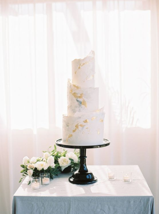 black cake stand hire nz
