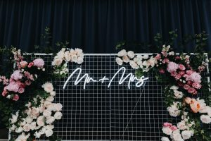 Mr and Mrs neon sign hire nz