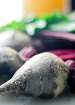 Paleo Pickled Beets - Beautiful, easy, delicious. https://www.theprimaldesire.com/paleo-pickled-beets/