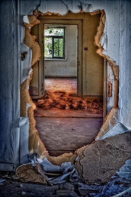 House wreck