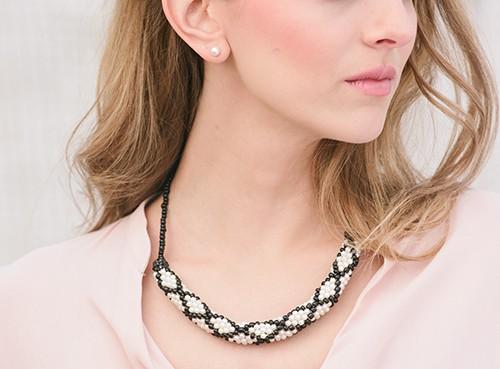 LoC Sophisticate Necklace design by Carolyn Calderon