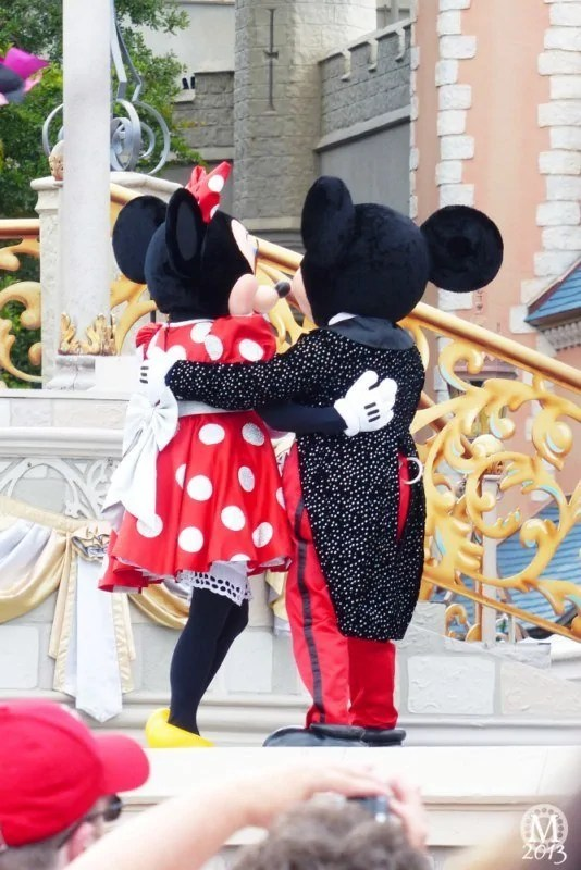 dream-along-with-mickey23