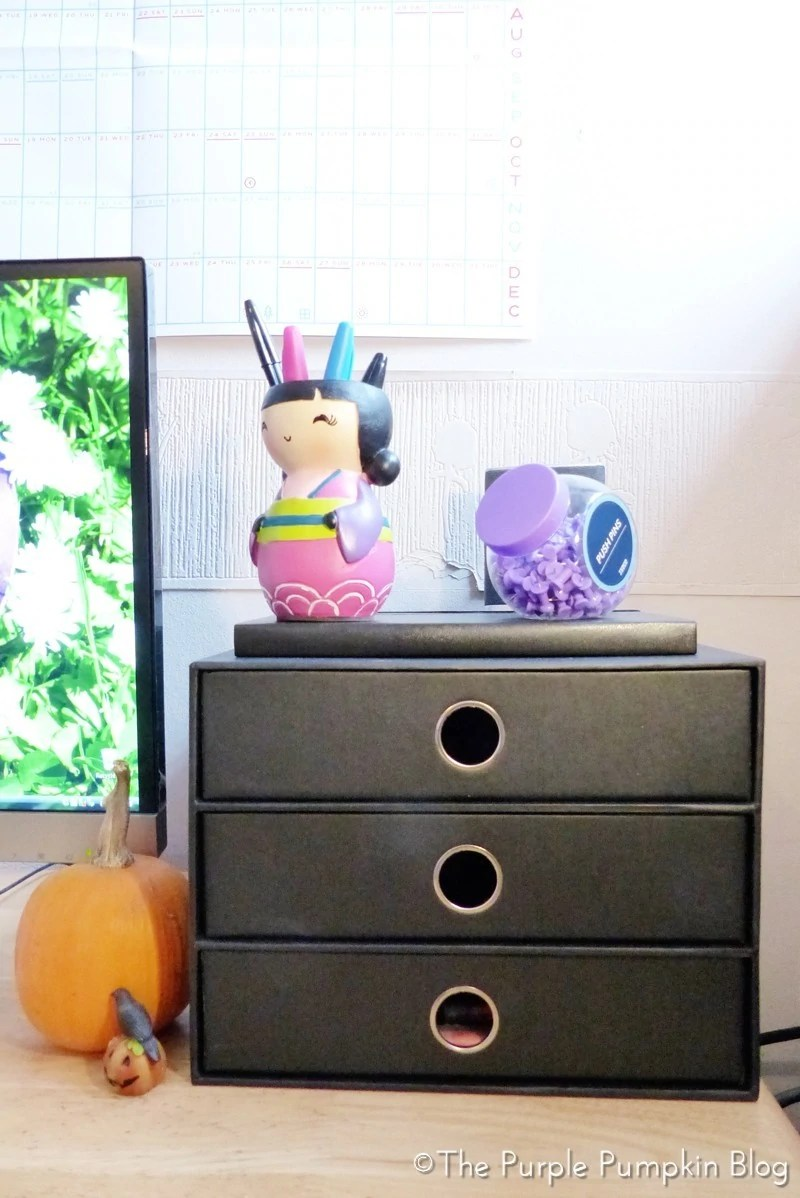 Organising home office Closet The Drawers Are Big Enough For Stack Of Printer Paper Another Thing Hate Being In Sight And The Final Drawer Is Filled With Office Supplies Like The Purple Pumpkin Blog Organising Home Office In Small Space
