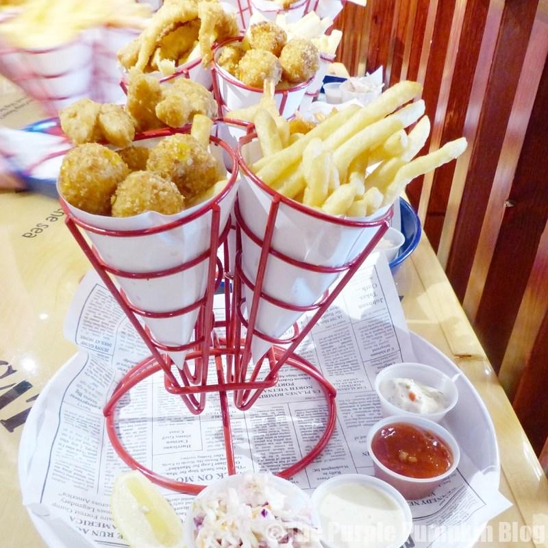 Bubba Gump Shrimp Co. London - Hush Pups, Calamari, Popcorn Shrimp
