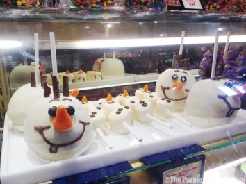 Disney Snacks - Olaf Candy Apples