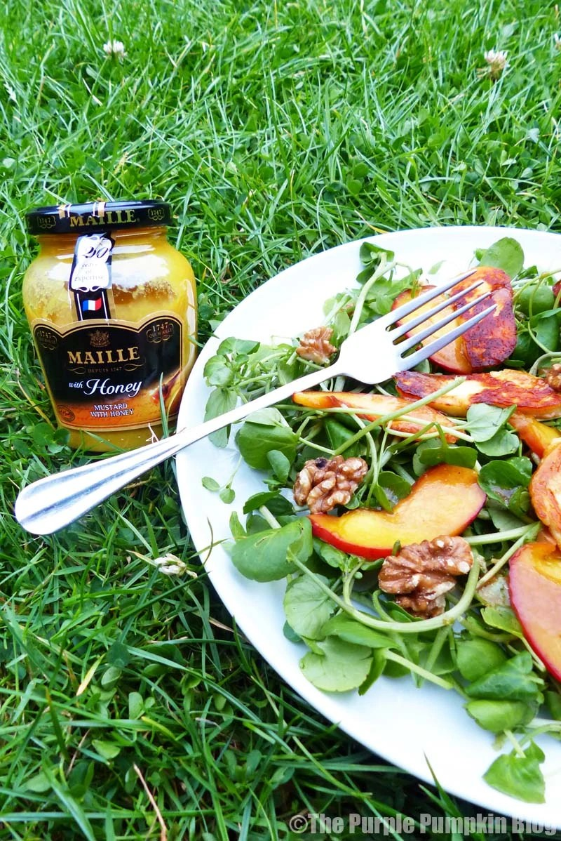 Honey-Glazed Peach Salad with Vinaigrette Dressing