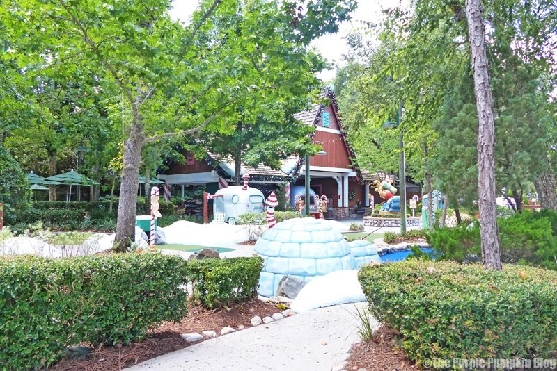 Disney Winter Summerland Miniature Golf