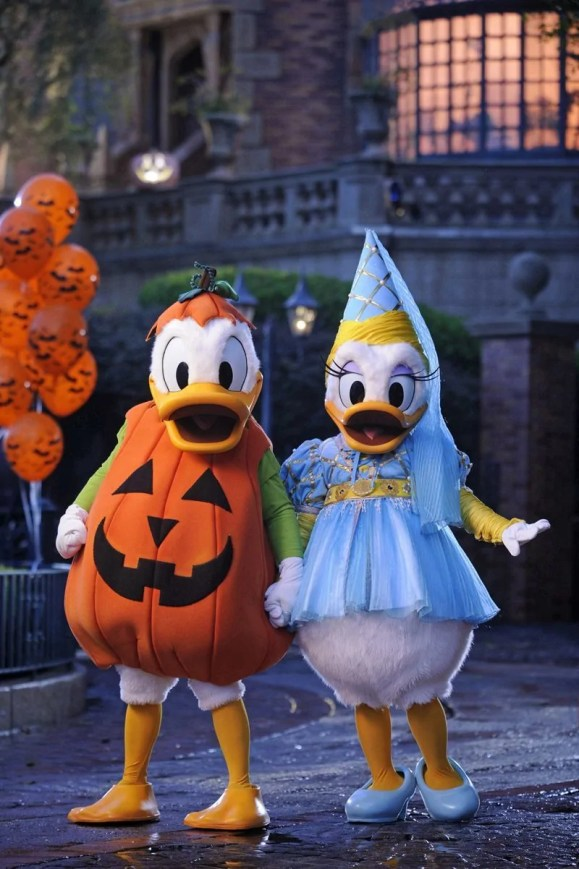 MNSSHP - Donald & Daisy