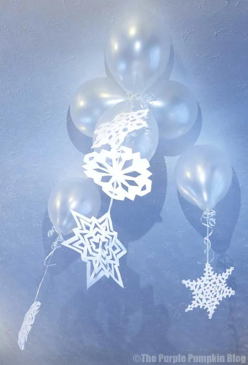 Snowflakes Balloon Display