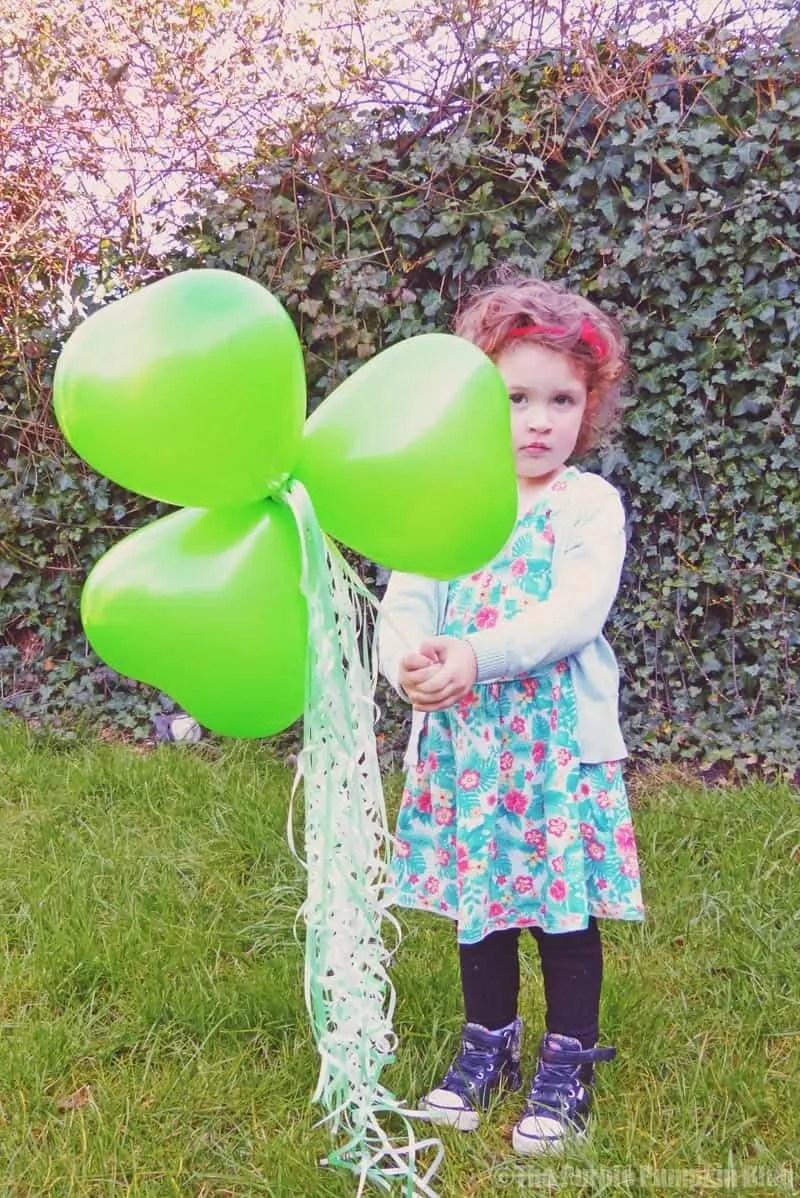 Shamrock Balloon Wand