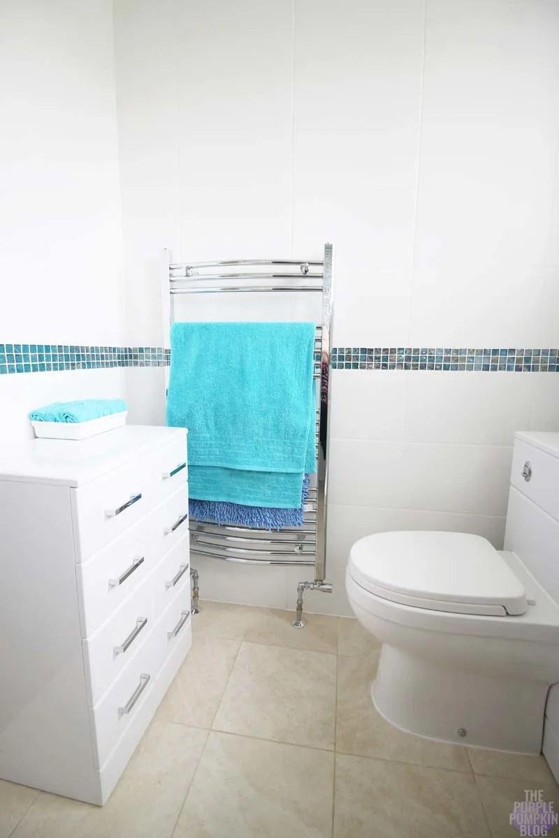Beach Bathroom - Bathroom Takeaway