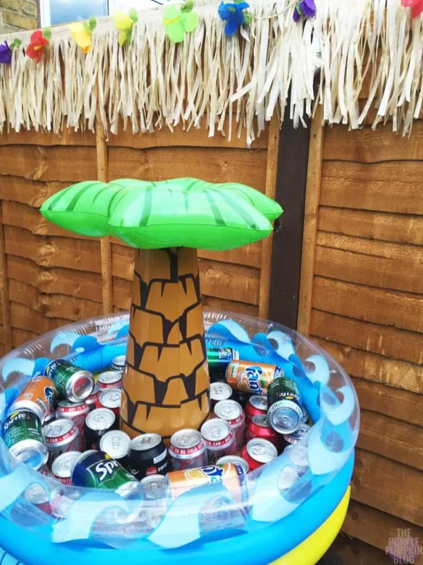 Hawaiian Party Decorations