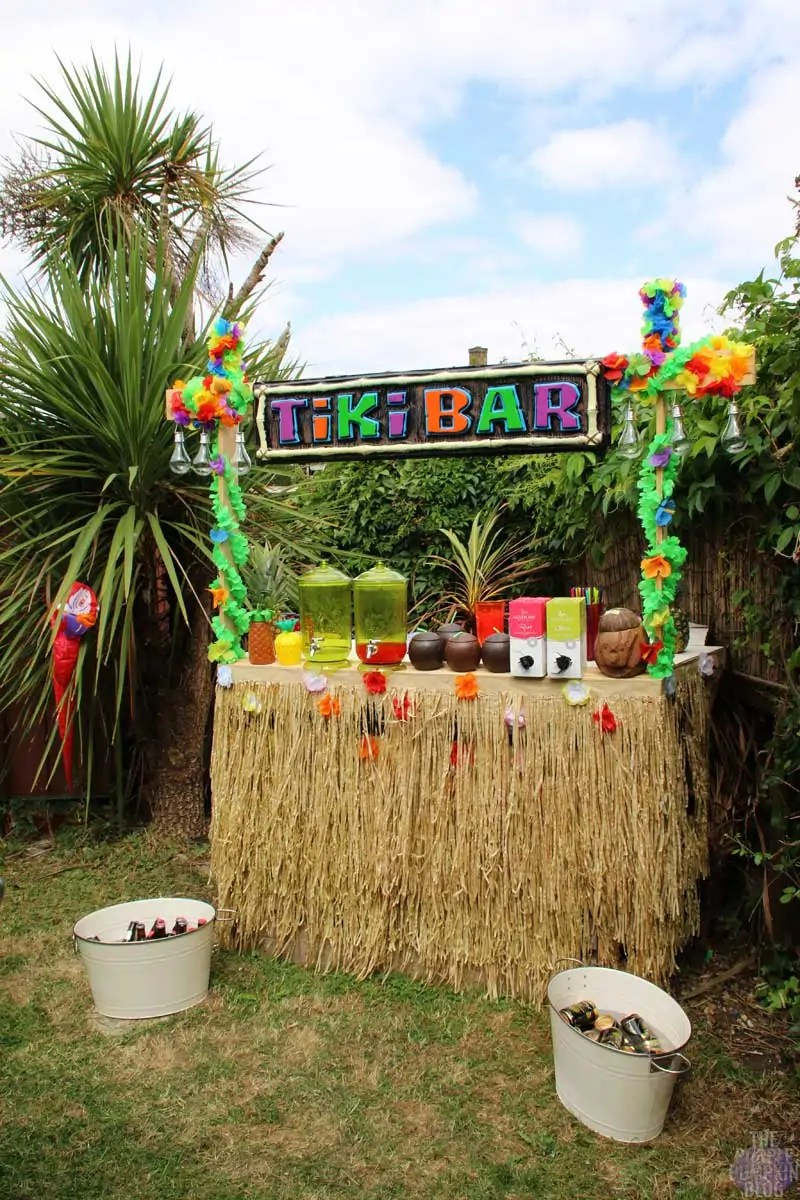 How To Build A Tiki Bar Using Old Pallets Part 2