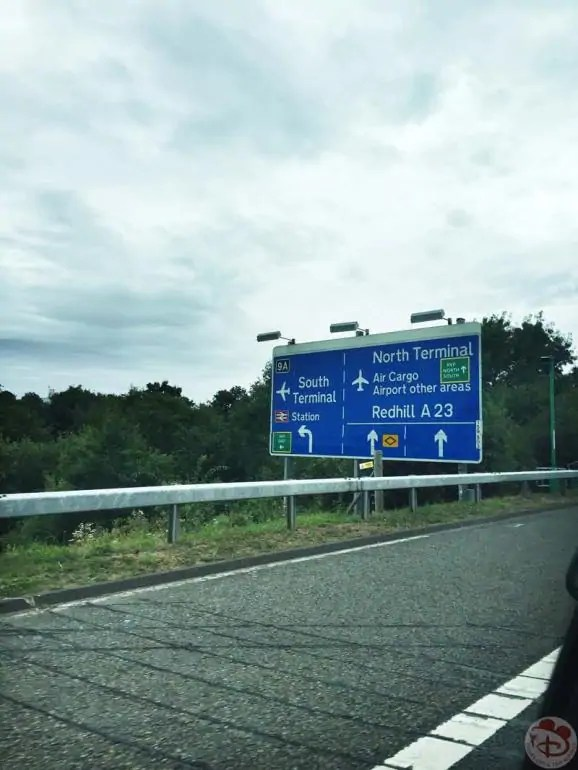 Driving-to-Gatwick-Airport