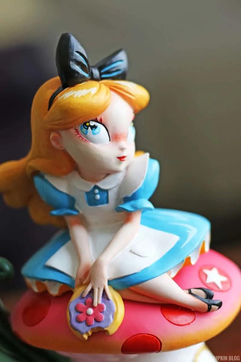 Alice in Wonderland Figurine - Miss Mindy x Disney