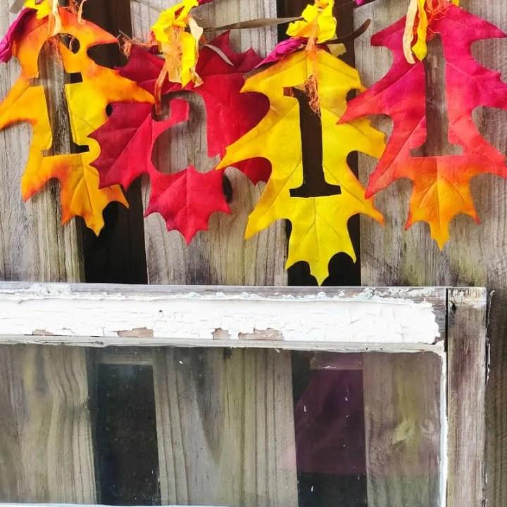 Easy Fall Leaf Banner