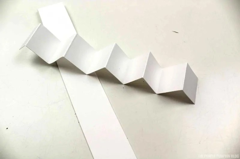 accordion folded paper