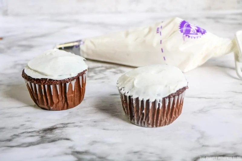 Flat Icing the Cupcakes
