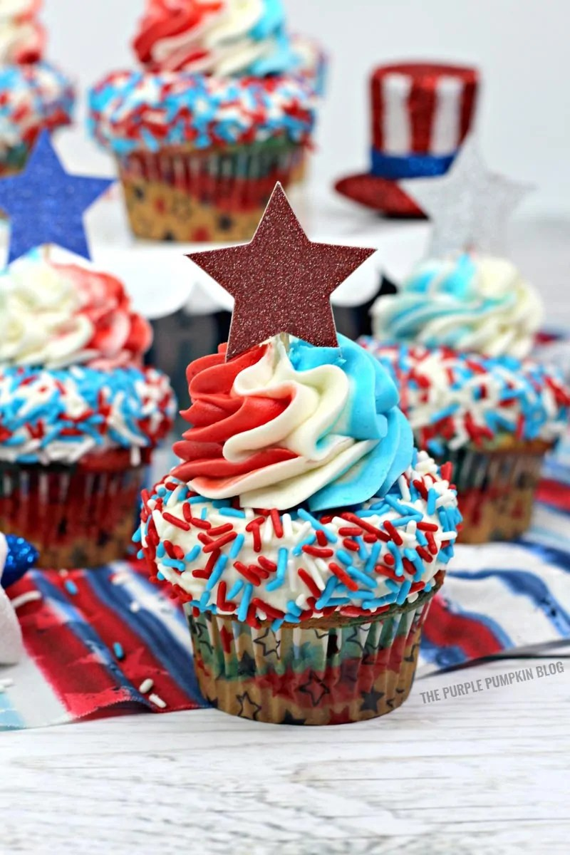 Red, White & Blue Cupcakes for 4th of July!