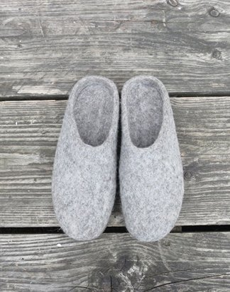 MITA Felt Slipper Mules Light Grey