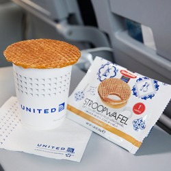 United's new complimentary snacks on early morning flights.