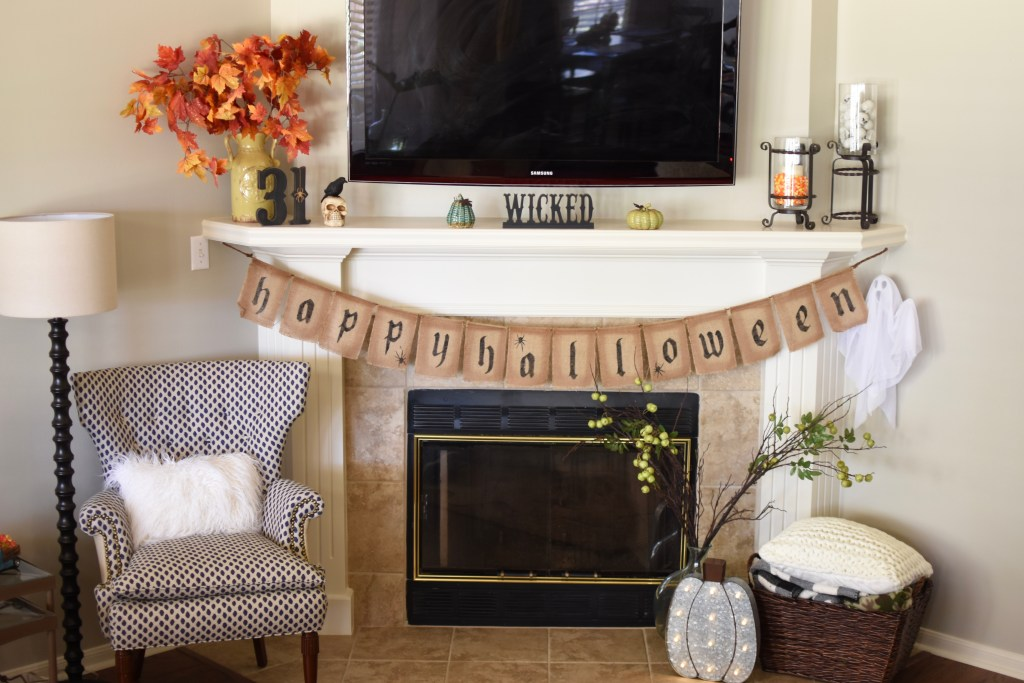 Fall Home Tour - The Queen in Between