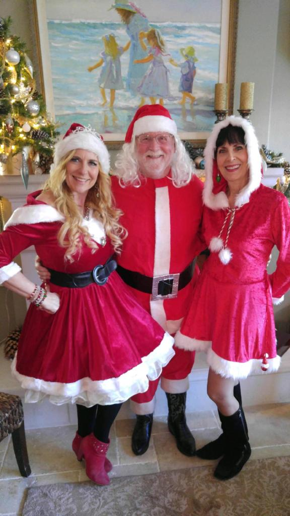 "Don had 2 ""Mrs. Claus'"" to Ho, Ho, Ho to!"