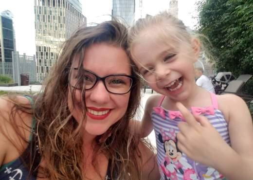 Surrogate mom Amanda with Olivia