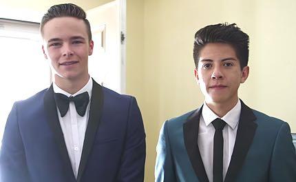 Straight Teens Go Gay