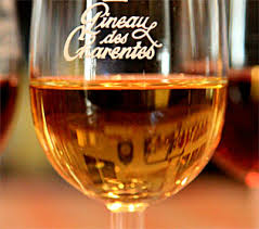 glass pineau des charentes