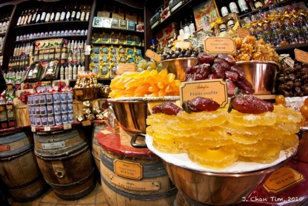 Fruits Confits or candied fruit in France