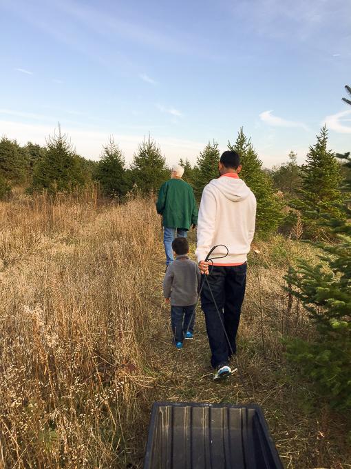 5 Family Friendly Alternatives to Black Friday Shopping