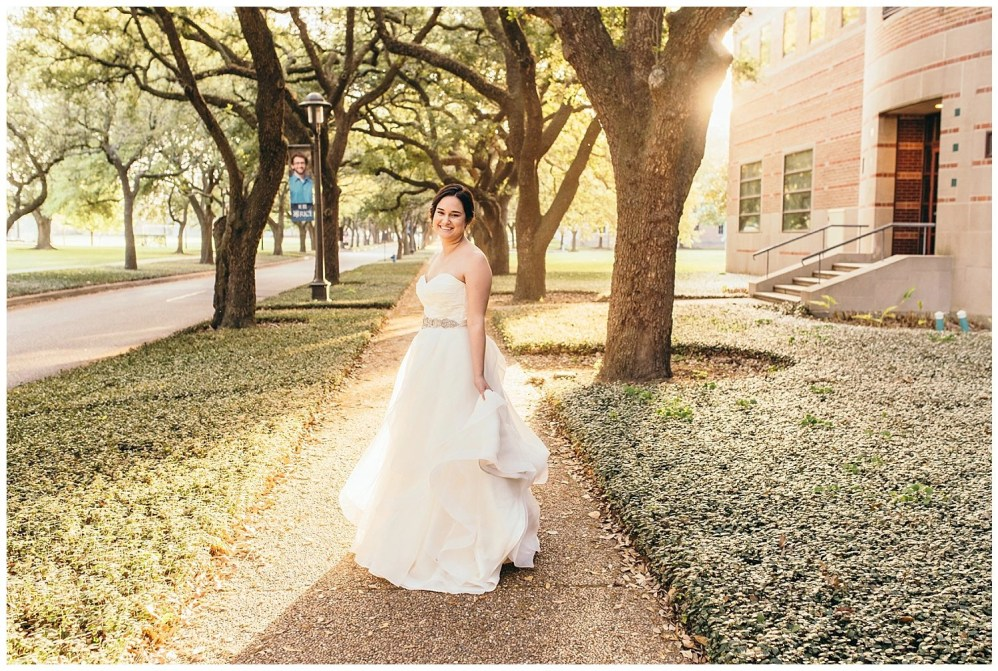 beautiful sun bridal portraits