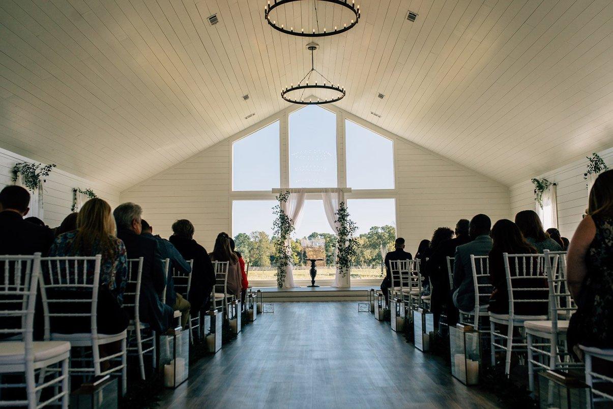 the farmhouse weddings chapel