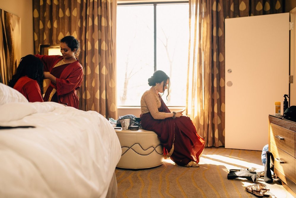 bridesmaids getting ready at woodlands resort
