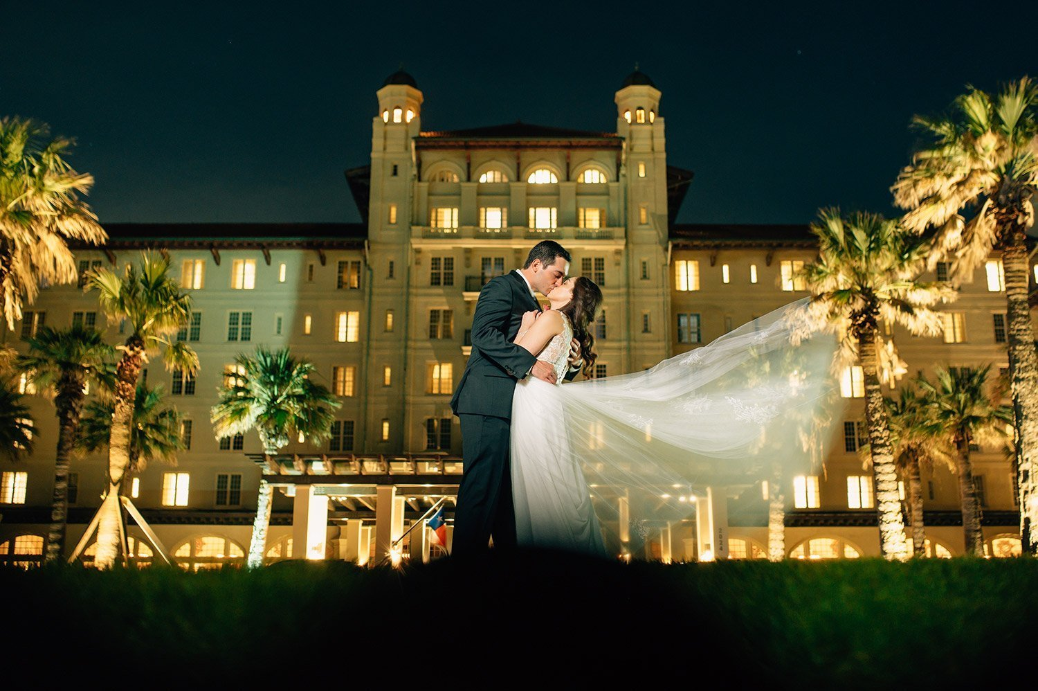 dramatic night portrait at hotel galvez