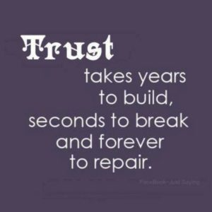 Trust no one quotes or sayings photos
