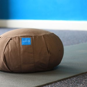 Meditation cushion in chocolate