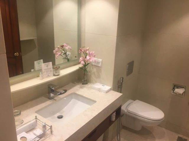 Bathroom at Jaypee Palace Hotel, Agra