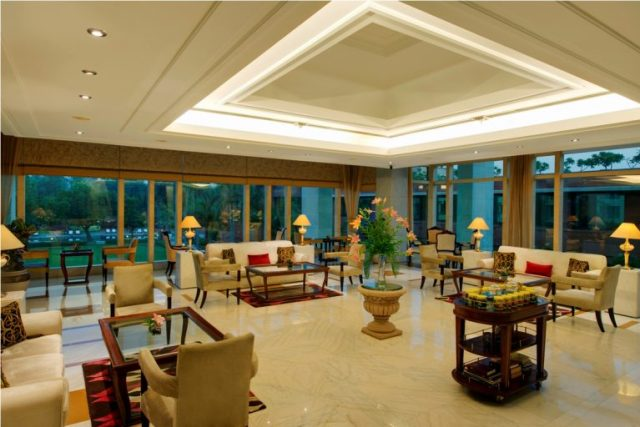 Tea Lounge, Jaypee Palace Hotel