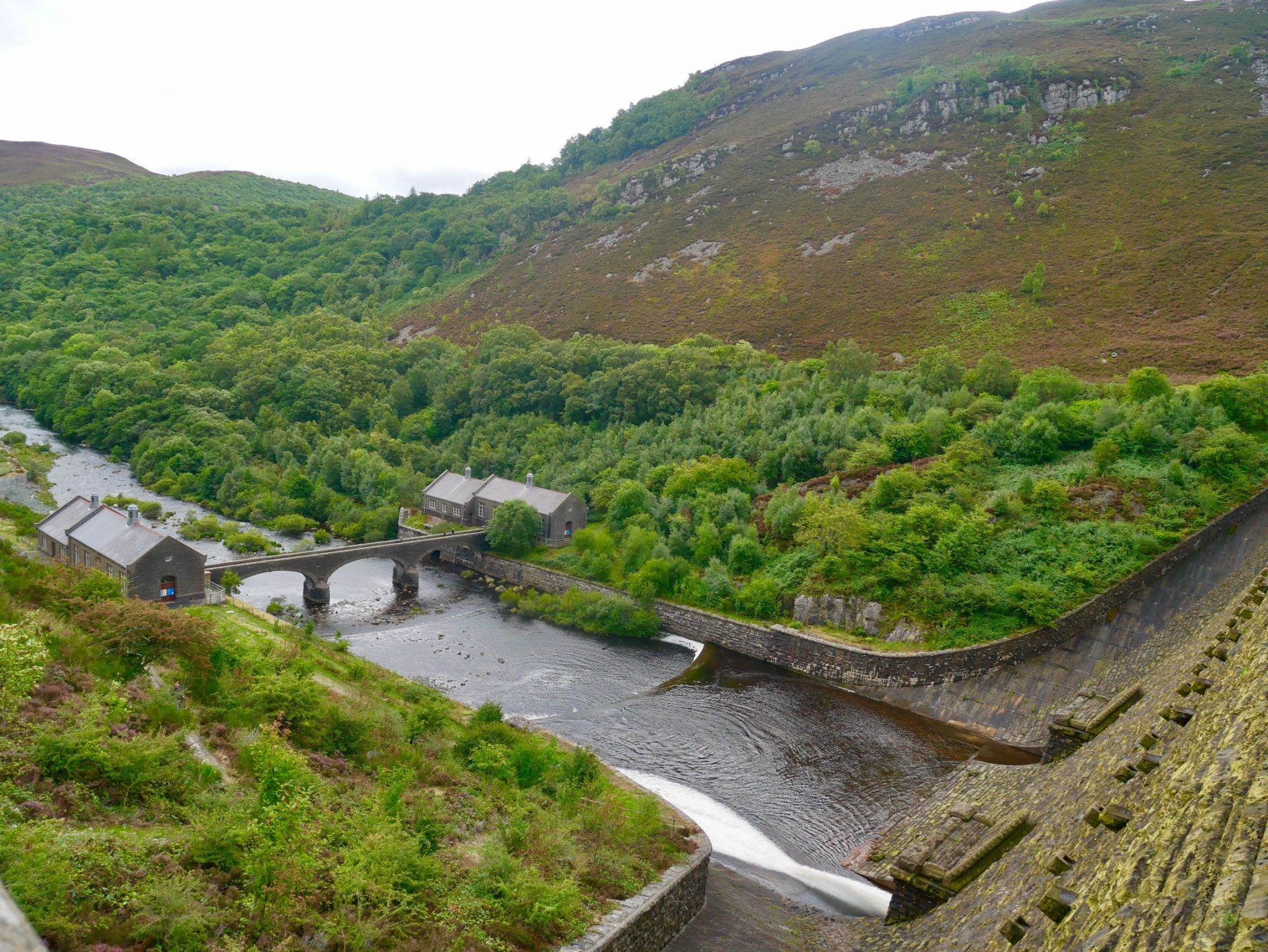 The beginning of the Elan Valley Trail at Caban Coch Dam