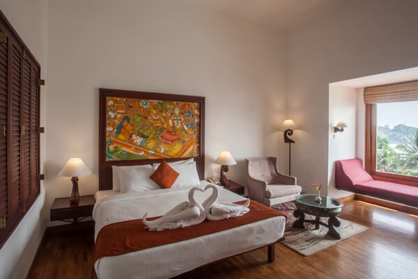 Raviz Ashtamudi - Superior Room