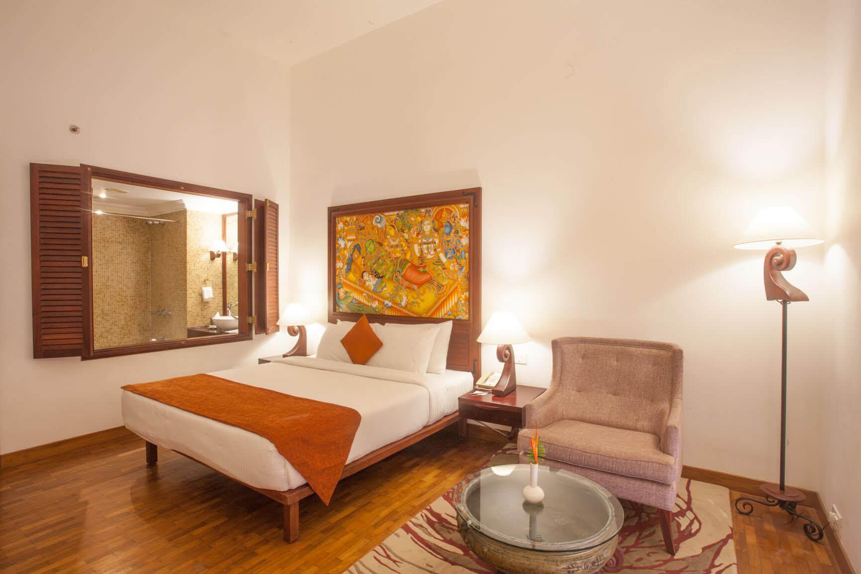 Superior Room - The Raviz Ashatmudi