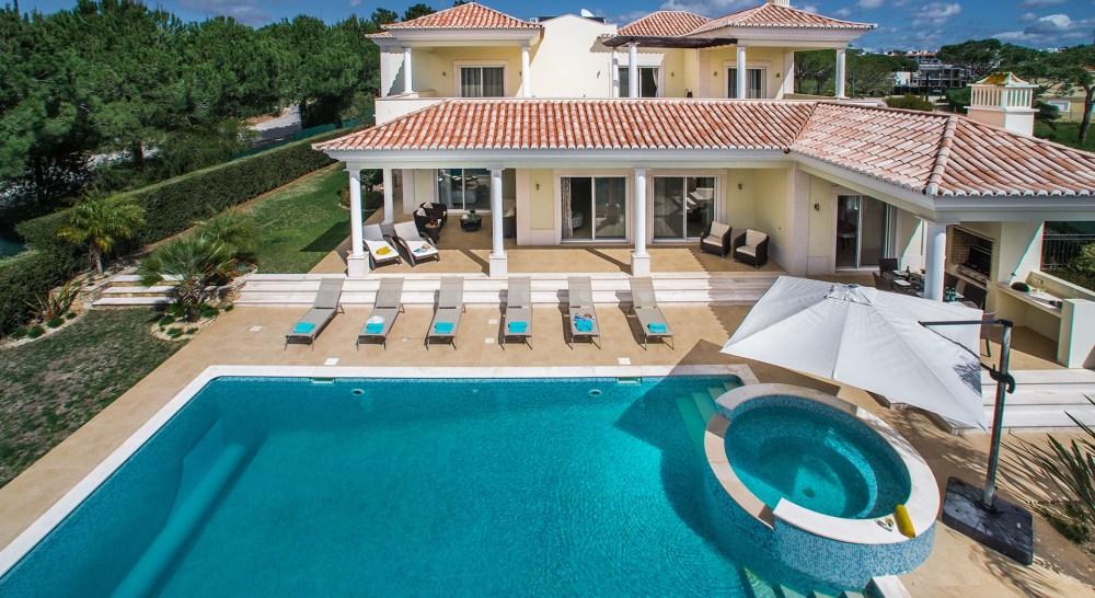 Villa Ariana