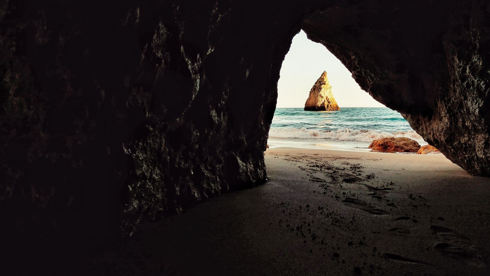 hidden cove in one of the best secret beaches on the Algarve