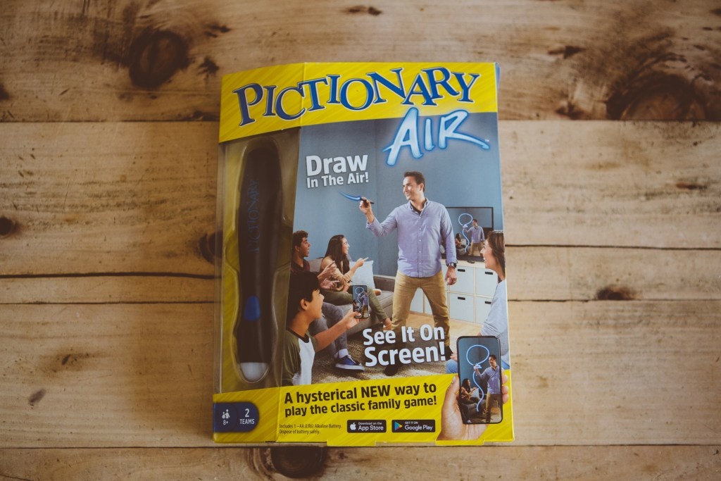 Pictionary Air wand in the box