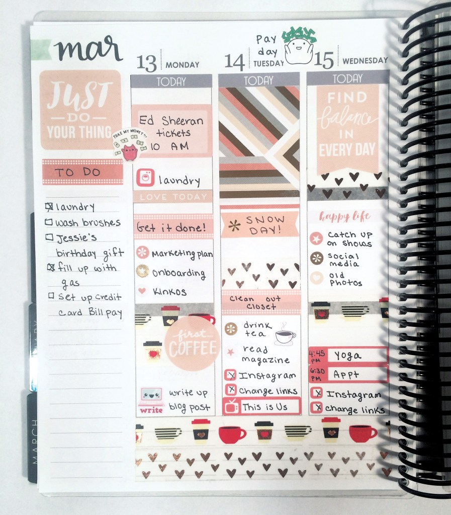 A Week in My Erin Condren: Peachy Happy Planner Spread
