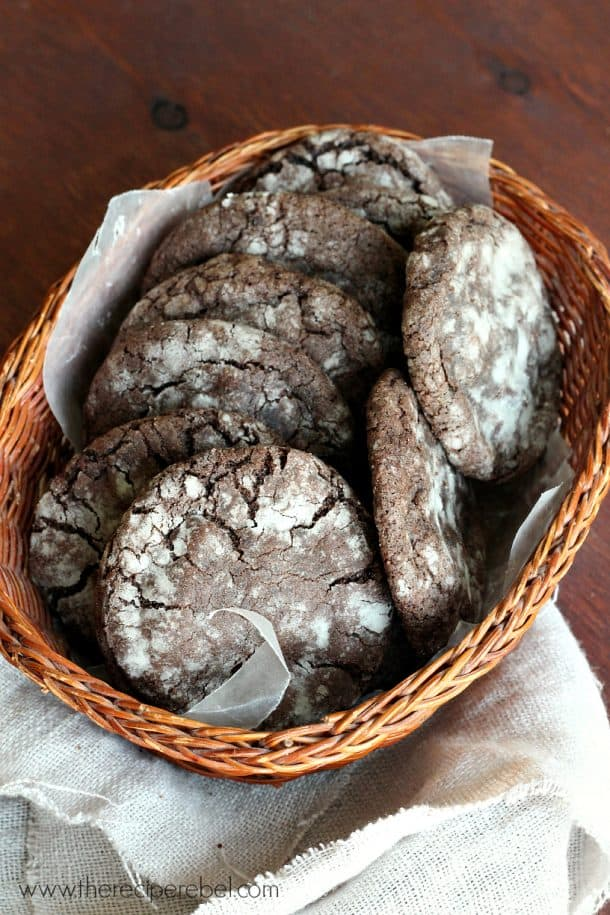 Mint Chocolate Truffle Stuffed Cookies www.thereciperebel.com